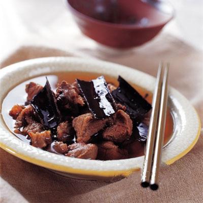 杜仲炖鹿肉