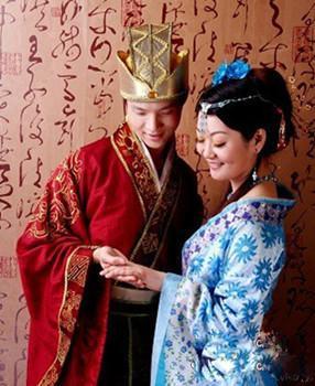 新婚古装贵妃美女手绘