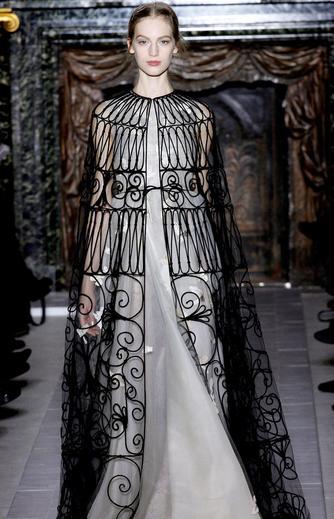 华伦天奴 2013春夏法国巴黎时装秀
