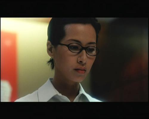 《偷窥无罪》剧照   大胆出浴戏   麦家琪   在《偷》片中...