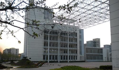 天津职业大学图片