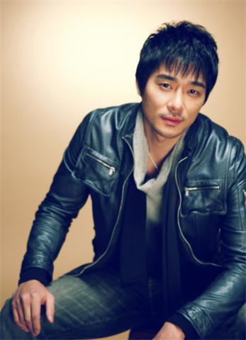 金敏智(韩国)   2009担任歌手j-hwanmv《萤火虫》男主角    李太坤