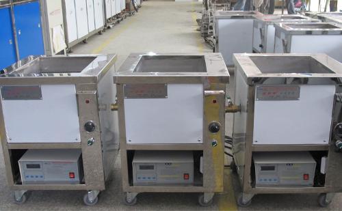 威固特研发并设计制作的光纤陶瓷插芯超声波清洗机