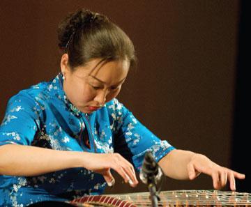 刘芳(琵琶演奏家)
