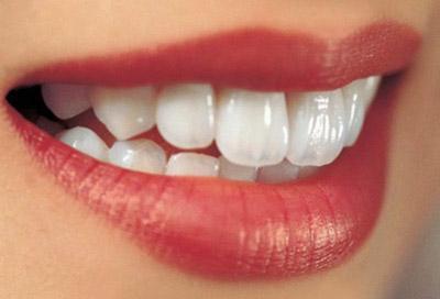 牙齿整形多少岁可以