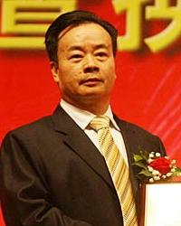 周泽荣于70年代前往香港,然后于80年代侨居澳大利亚 ...
