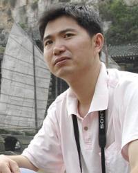 成君忆   成君忆,男,管理学专家.中国管理文学的开创者....