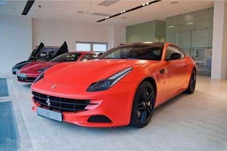 这标志着这一意大利汽车制造商也开始重视顾客们的个性化需求了! [1]