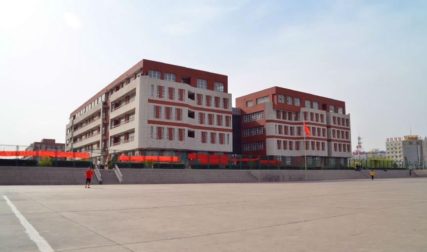 河北建筑工程学院风景照