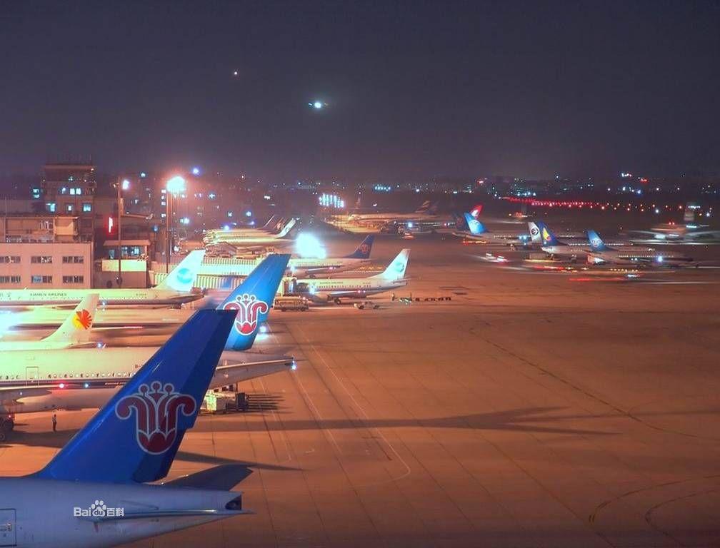 广州白云机场晚上12点还有到番禺的机场大巴吗