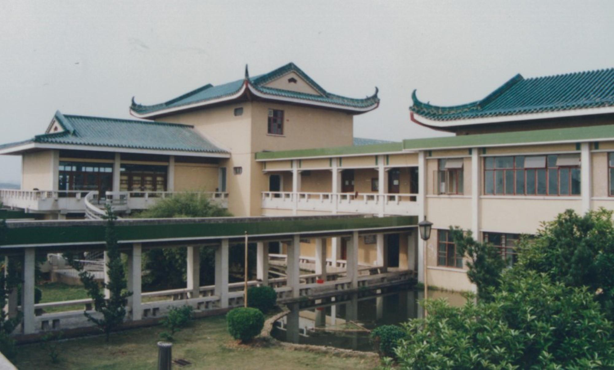 中南财经政法大学宿舍