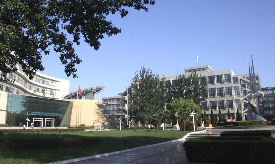 河南新乡医学院学校里面用的是移动卡还是联通