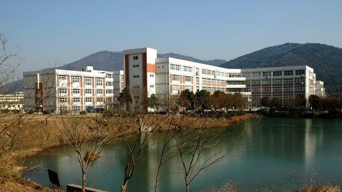无锡太湖学院怎么样图片