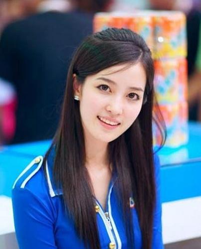 吕瑶(知名模特)