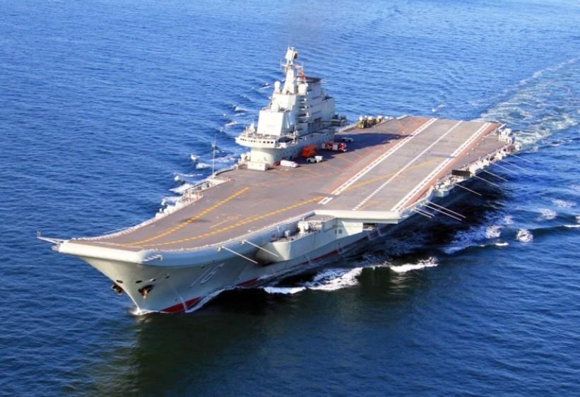 舷号16,是中国人民解放军海军第一艘可以搭载固定翼飞机的航空母舰.
