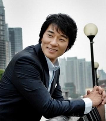全部版本 历史版本         李太坤,韩国艺人,1977年11月27日出生