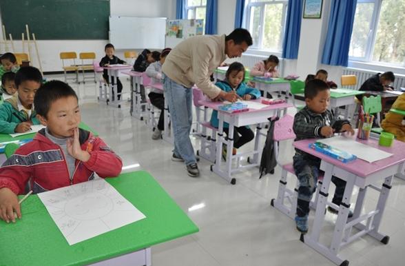 伊犁哈萨克自治州学校