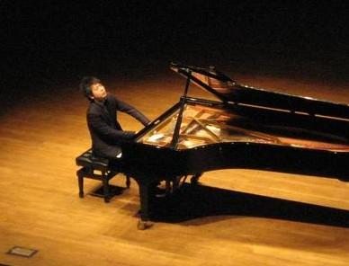 郎朗(中国钢琴演奏者)