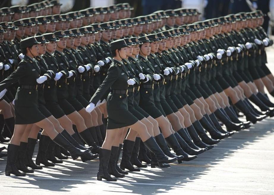 2009年国庆阅兵女兵方队
