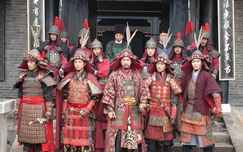 萧太后遣十万大军意欲夺取雁门关,杨业带领几千杨家军以寡敌众,让辽军