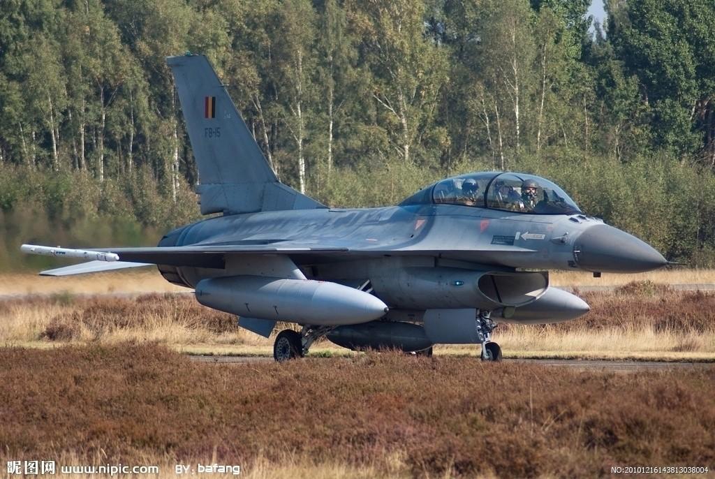 美国F16战隼战斗机