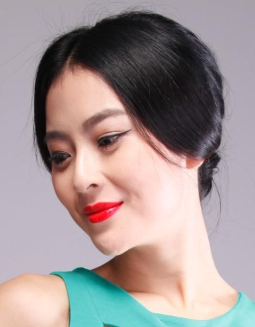 cctv4旅游节目《远方的家》栏目主持人 中国女模特 留学顾问吴丹 医院图片
