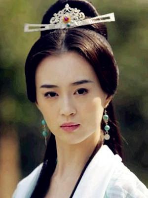 周芷若 刘竞(饰)
