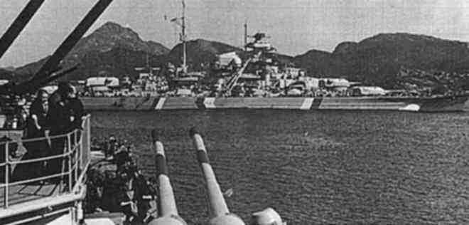 8座双联装105毫米口径高射炮,并搭载4架ar-196水上飞机和8具533毫米的