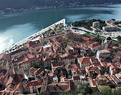 巴尔(塞尔维亚黑山共和国最大港口城市)
