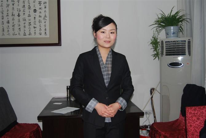 餐饮行业总经理_从事餐饮服务行业10余年,现任河南鲁班张国宴酒店执行总经理.