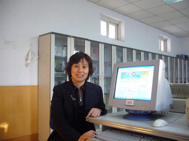 张云(青岛市职业学校国际商务专业教师)