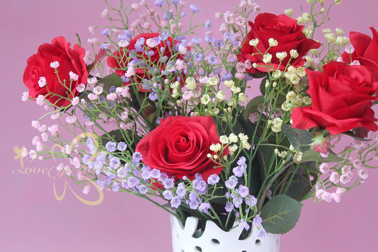 花与满天星的搭配