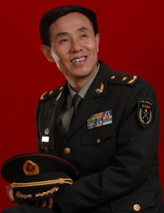 成都军区现役少将p02210102_成都军区空军装备部常远少将到访市党史学会