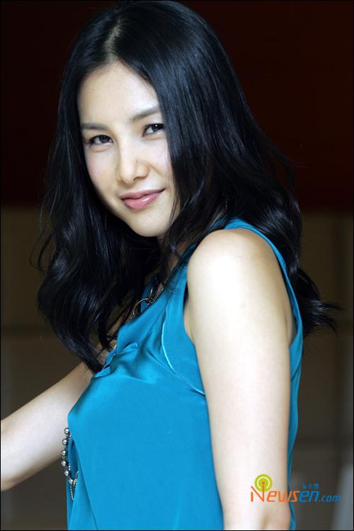 李智贤韩国电影《美人》中的女主角