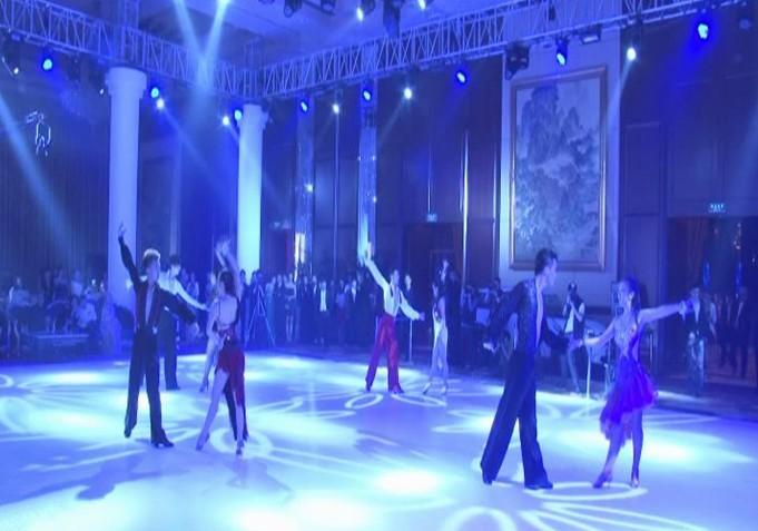 """东方卫视""""舞林大会""""舞蹈老师温州演出图片"""