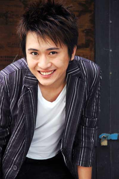 杨帆(中央电视台主持人)图片