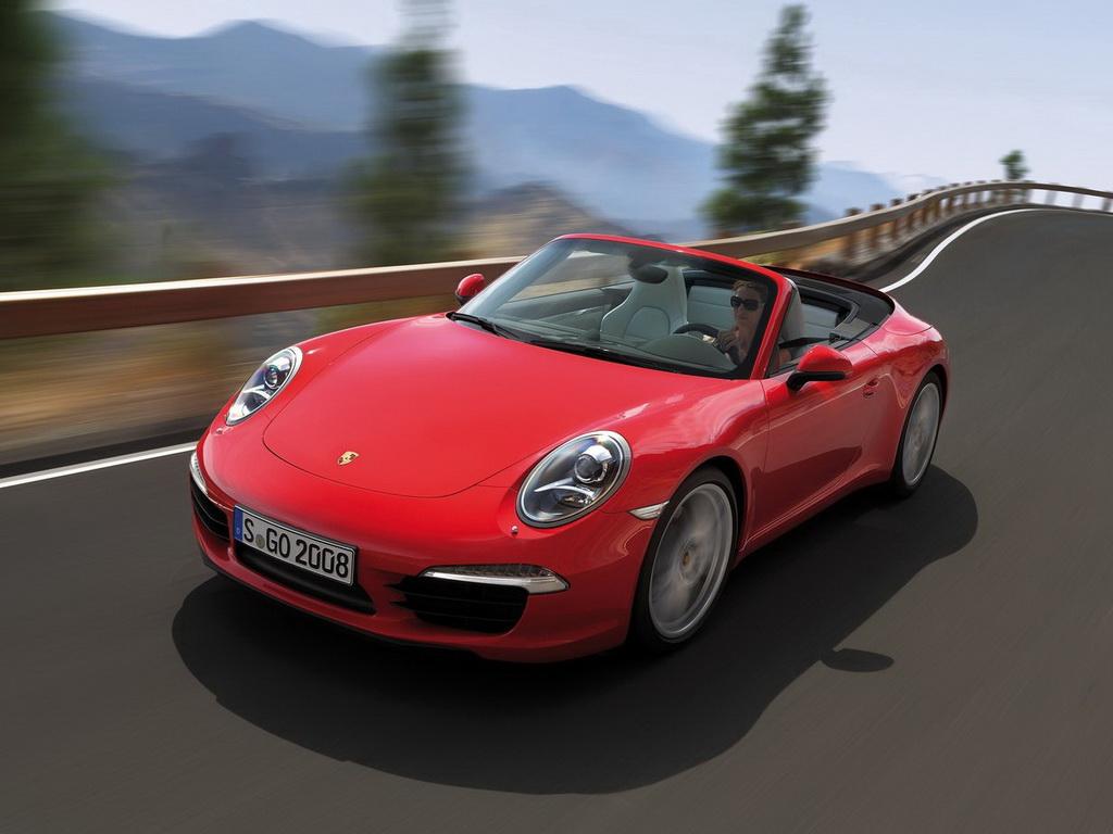 抽愈9.'z(�9.l��j_4l水平对置发 动机,最大功率达到345马力,911 carrera s搭载一台3.
