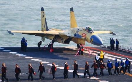 中国航空母舰辽宁号舰载机