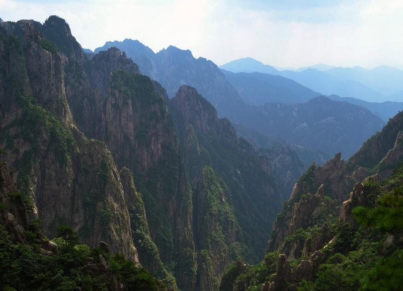 黄山旅游大概多少钱_黄山(世界文化与自然双重遗产,国家5a级旅游景区)