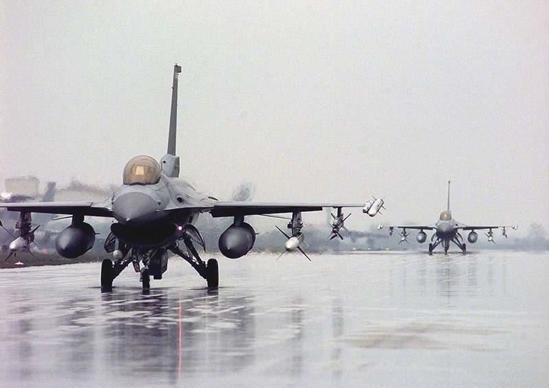 �yf�y.�����i�_f-16战斗机