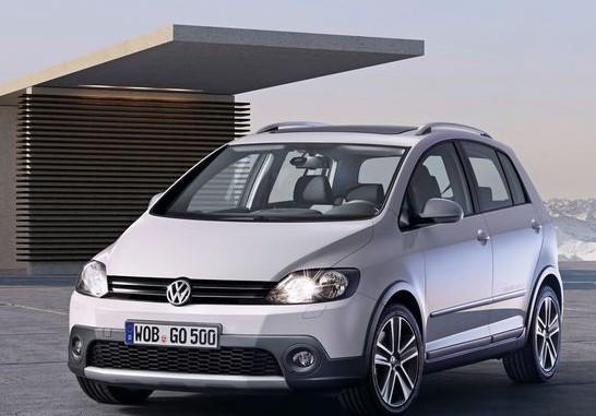 高尔夫(大众汽车生产的小型家庭轿车)图片