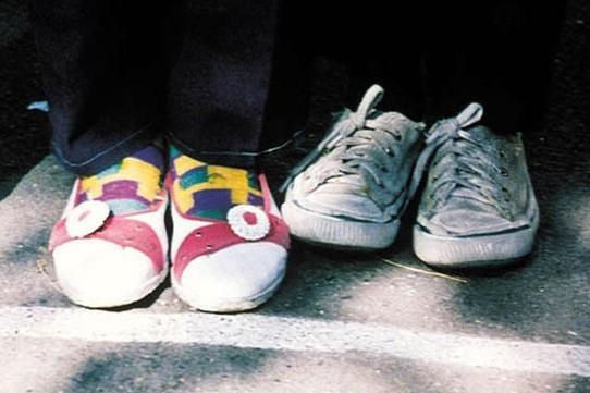 《小鞋子》便是其中之一图片