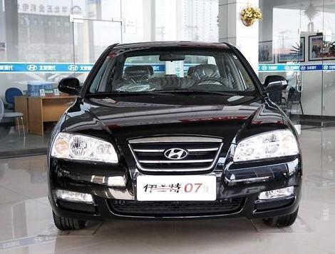 北京现代伊兰特是在其第六代车型的基础上,根据中国路况和气候环境略
