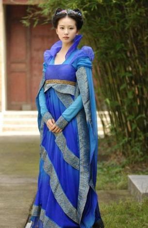 仙剑三电视版中龙葵穿的广袖流仙裙