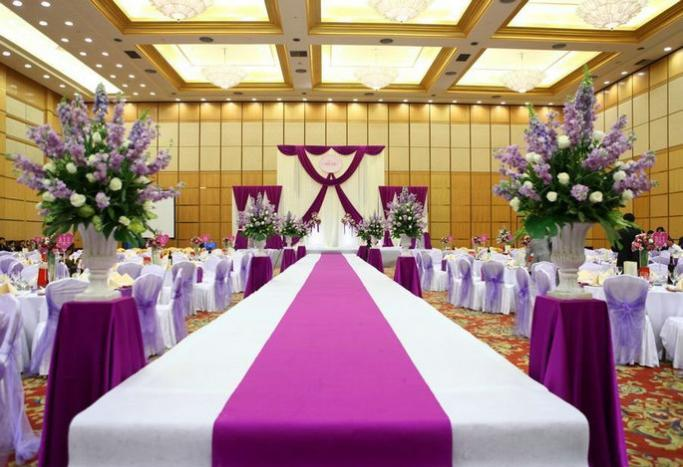 婚礼上证婚人讲话 证婚人婚礼上的讲话