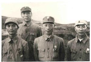 左起陈伯钧、聂荣臻、聂鹤亭、唐延杰、孙毅