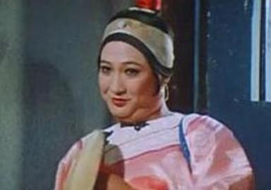 《咸鱼翻身》是1980年香港麦嘉导演的一部喜剧动作图片