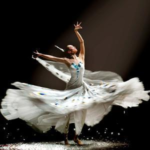 舞蹈结尾10人造型图片下载图片
