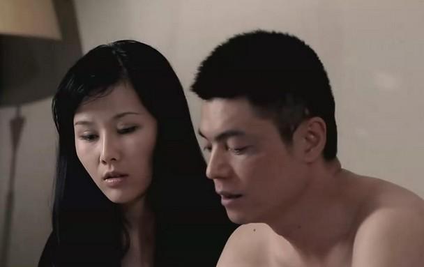 亚洲少妇强奸性爱电影_少妇的秘密