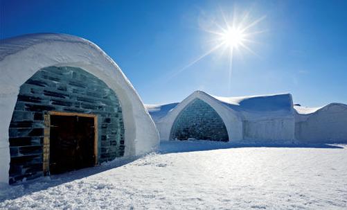 世界上第一个冰雪酒店于1990年建立
